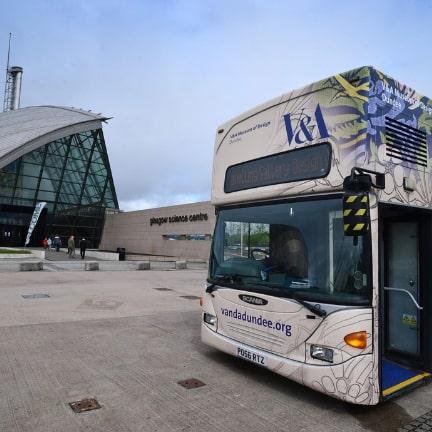 V&A Bus